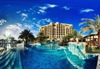 Фото отеля DoubleTree by Hilton Resort & Spa Marjan Island – 1